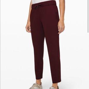 Lululemon on the fly 7/8 pants
